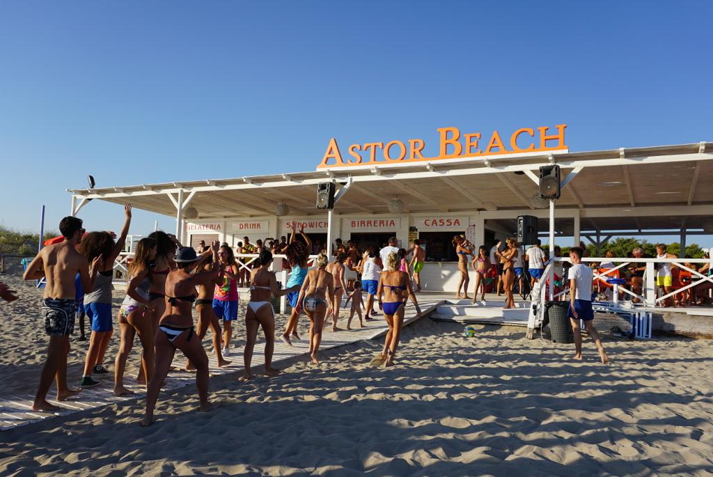 Matrimonio In Spiaggia Ugento : Riva di ugento favorite places spaces